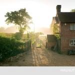 4-curtea si gradina casei walnuts farm marea britanie