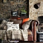 4-decor living vintage pereti finisati cu tapet decorativ ce imita caramida