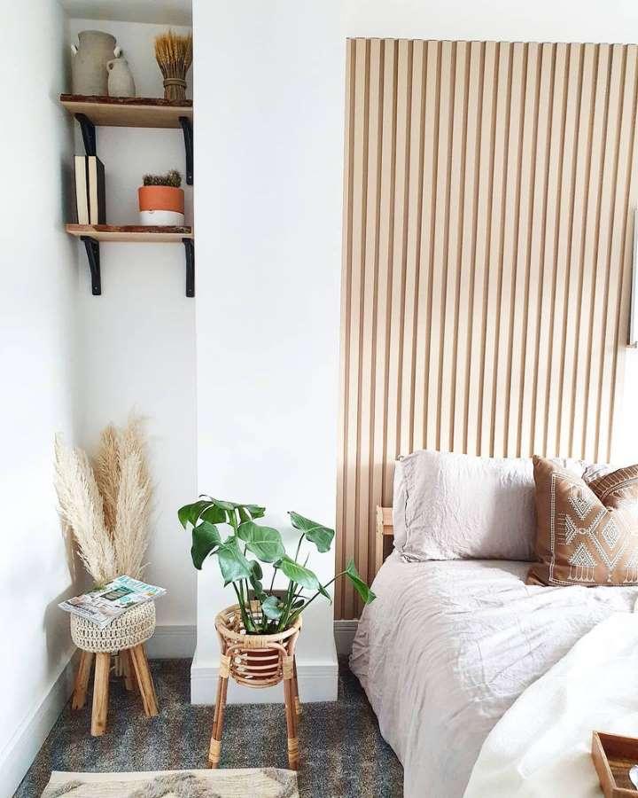 4-dormitor-amenajat-stil-scandinav-stalp-perete-2-nise