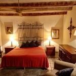 4-dormitor in stil spaniol cu pat din fier forjat
