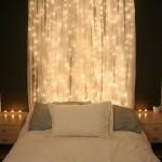 4-dormitor mic decorat cu luminite led albe