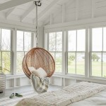 4-fotoliu suspendat dormitor musafiri casa mica din lemn