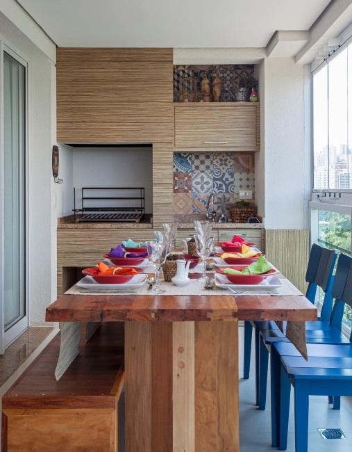 gratar chiuveta loc luat masa balcon apartament