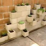 4-idee aranjament floral decorativ pentru gradina din blocuri de zidarie de beton prefabricate