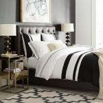 4-lenjerie alb negru si cuvertura imitatie bllana bej decor dormitor modern eclectic