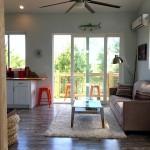4-living cu bucatarie open space interior casa mica si frumoasa de 54 mp