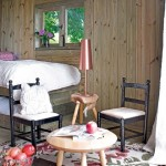 4-living in miniatura casuta din lemn 10 mp construita in panta