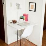 4-mic birou amenajat in coltul de pe hol