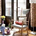 4-mica arie de relaxare amenajata in fata iesirii pe balcon