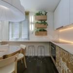 4-mobila bucatarie cu fronturi din furnir de lemn pictat cu motive vegetale eco