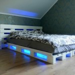 4-pat-alb-confectionat-handmade-din-paleti-de-lemn-in-dormitor-modern