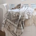 4-patura din lana cu motive de iarna