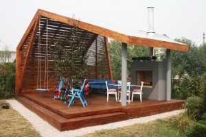 4-pavilion design modern pentru curte cu semineu loc de luat masa si leagan