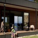 4-relaxare-pe-prispa-din-lemn-a-casei-avalon-proiect-archiblox