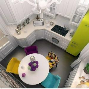 4-scaune colorate idei amenajare bucatarie mica