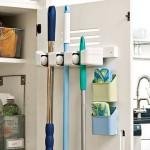 4-sistem fixare matura si mop pe usa din debara