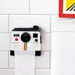 4-suport hartie igienica baie in forma unui aparat foto polaroid