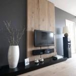 4-televizor led montat pe panou din lemn amenajare living modern