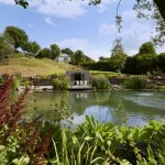 4-vedere de peste lac casuta rustica de vacanta Devon Anglia
