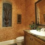 5-baie amenajata in stil clasic pereti finisati cu tencuiala decorativa