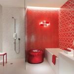 5-baie moderna decorata in alb si rosu