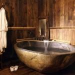 5-baie rustica moderna cada din piatra
