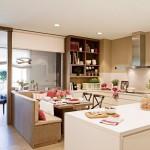 5-bucatarie mare moderna cu loc de luat masa