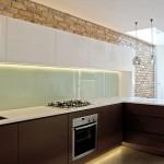 5-bucatarie moderna din lemn realizata in regie proprie apartament Notting Hill