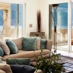 5-canapele in zona conversatie living mare casa de vacanta insula Meganissi