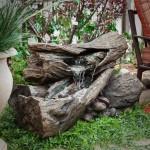 5-cascada rustica din trunchiuri de copac decoratiuni gradina rustica