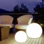 5-corpuri iluminat sferice cu baterii solare pentru balcoane terase si gradini moderne