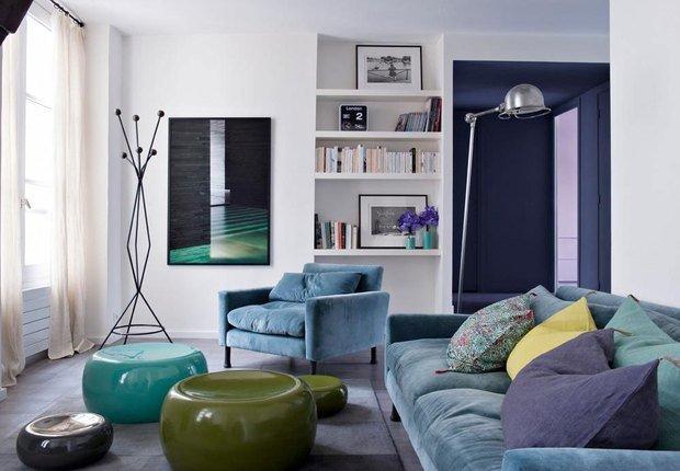 5-decor living compus din trei nuante ale aceleiasi culori