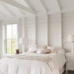 5-dormitor alb rustic interiro casa mica lemn