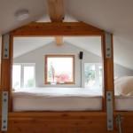 5-dormitor loft pat matrimonial construit deasupra usii