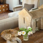 5-elemente decorative living casa din piatra Mikel Larrinaga