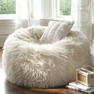 5-fotoliu moale tip puf imbracat in husa latoasa alba decor living sau dormitor