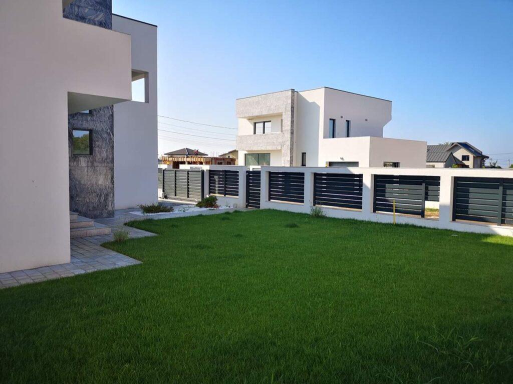 gazon spatiu verde casa FIM Spring Rezidence Paulesti PH