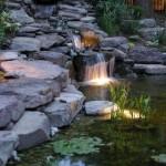 5-iluminarea-unei-mini-cascade-artificiale-de-gradina