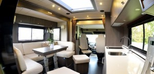 5-living-cu-sistem-pop-up-casa-pe-roti-stx-mercedes-actros