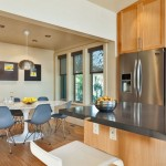 5-loc de luat masa casa moderna fara etaj suprafata 100 mp