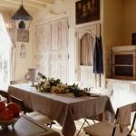 5-loc de luat masa in bcuatarie casa amenajata in stil provence