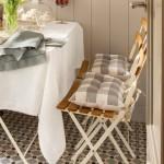 5-masa si scaune din lemn cu schelet metalic