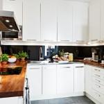 5-mobilier-alb-cu-blat-din-lemn-decor-bucatarie-moderna