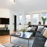 5-mobilier negru modern living apartament doua camere mic