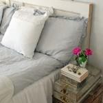 5-noptiera pat dormitor din cufere din lemn suprapuse