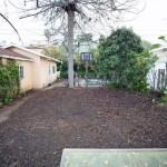 5-pamant fara vegetatie in curtea casei inainte de amenajare