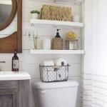 5-polite-montate-pe-perete-deasupra-vasului-de-toaleta