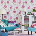 5-tapet cu imprimeu floral si canapele turcoaz decor living