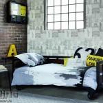 5-tapet decorativ imprimeu vintage asortat cu perete placat cu caramida aparenta decor industrial
