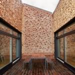 5-terasa atrium curte interioara casa ecologica complet independenta energetic